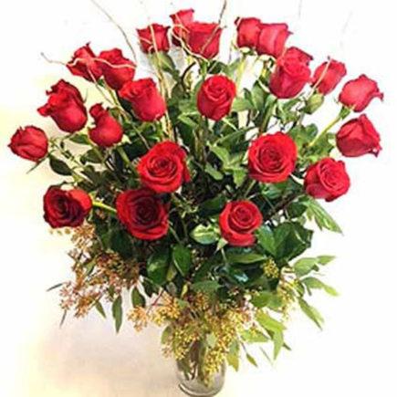 roseville-florist-valentines-day-roses-two-dozen